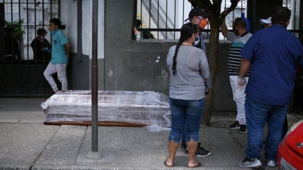 Ekuador Krisis Kesehatan, melaporkan 6.703 kematian dalam 15 hari