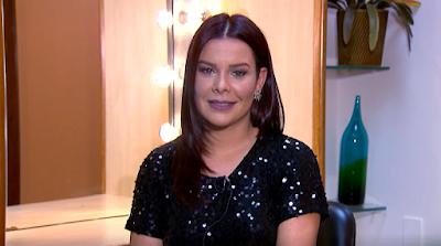 A atriz no quadro 'Artistas Respondem' (Divulgação/SBT)