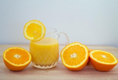 Làm đẹp tự nhiên với cam