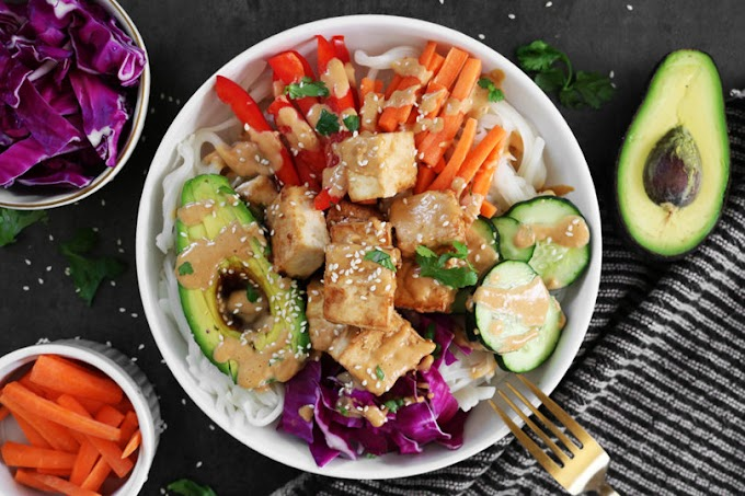 Tofu and Veggie Spring Roll Bowls with Peanut Sauce #healthyfood #dietketo #breakfast #food