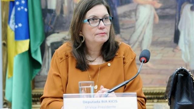 BIA KICIS PROTOCOLA MP PARA GARANTIR LIBERDADE DE ESCOLHA PARA VACINA CONTRA A COVID-19