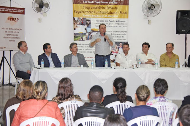 Prefeitura e Itesp entregam 43 títulos de propriedade a moradores de Registro-SP