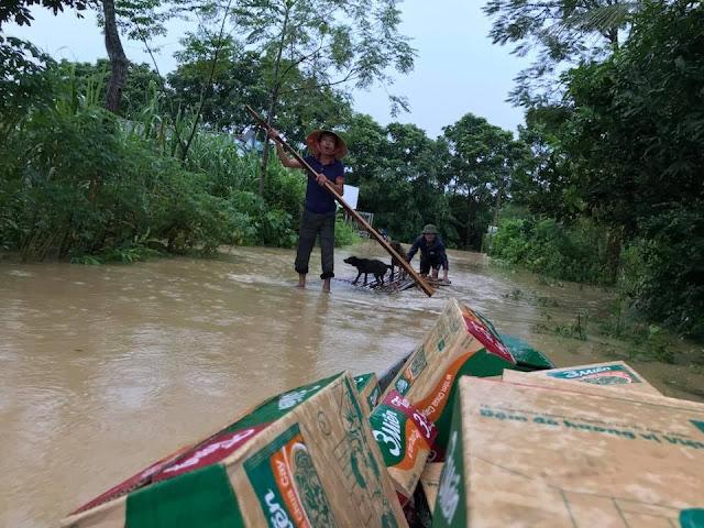 Toàn cảnh lũ lụt tại Ninh Bình và hoạt động cứu trợ tại Thanh Hoá - Ảnh minh hoạ 11