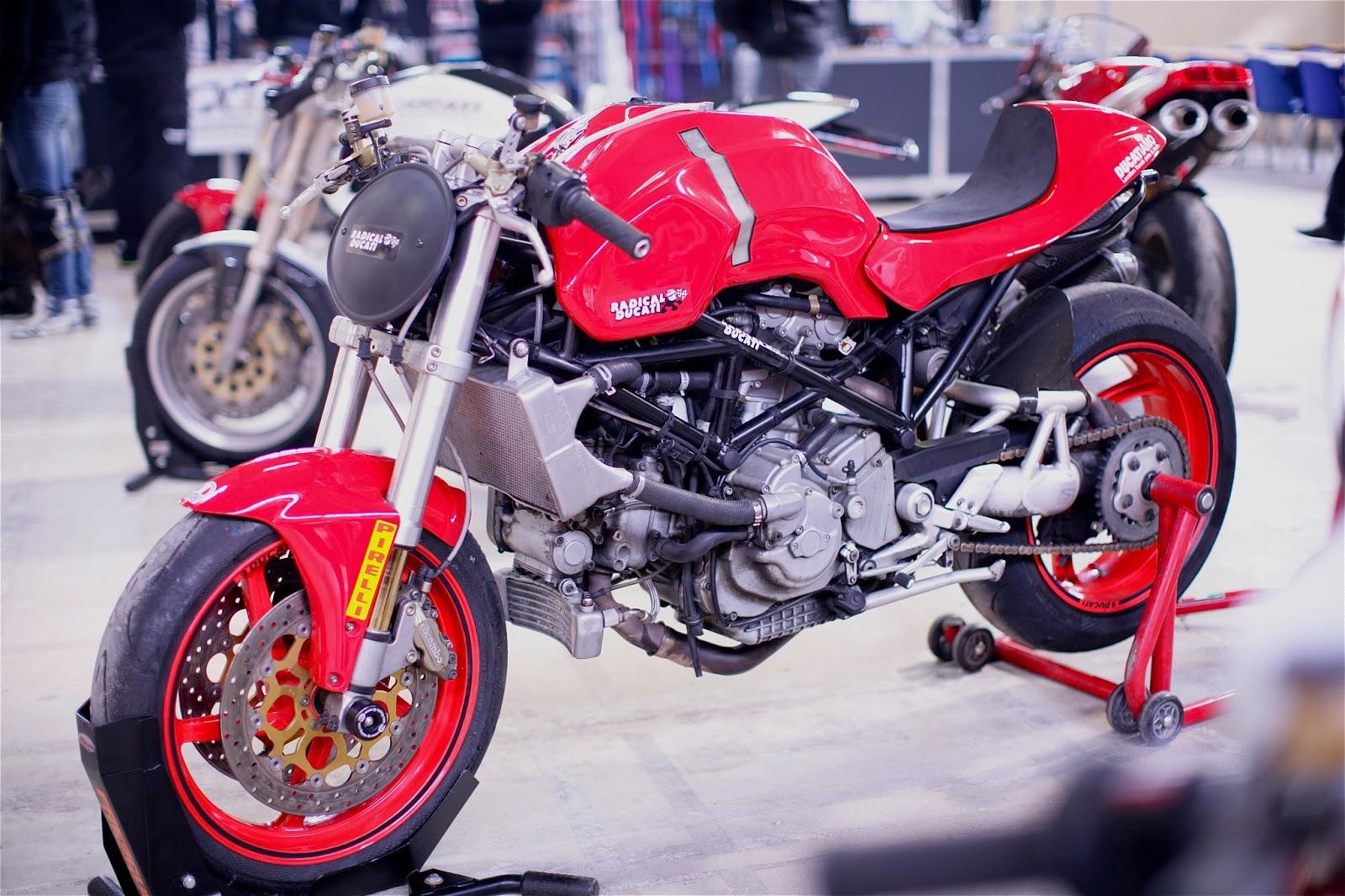MANX DUCATIAMO sur la base de un S4R :: Radical Ducati S.L.