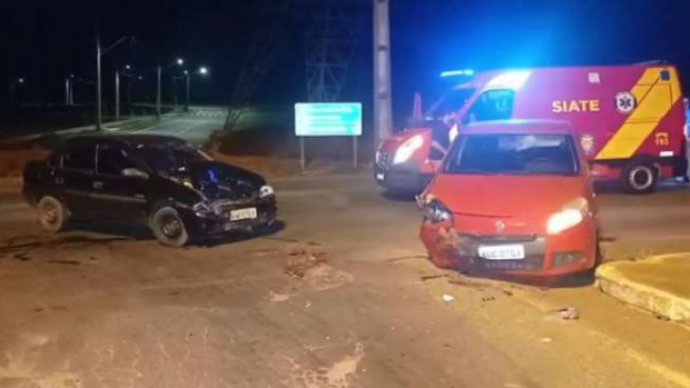 Acidente na PR317 deixa três mulheres feridas em Toledo