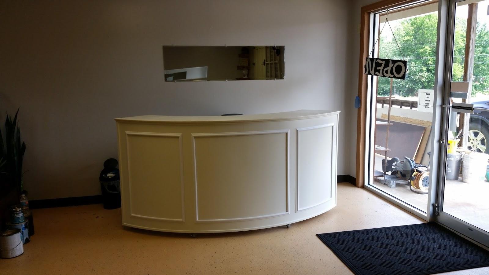 Handyman How 2: Building a Round Reception Desk