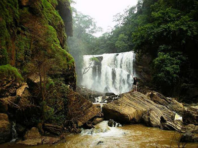 Muthyala Maduvu Falls Best places for vacation In Bangalore