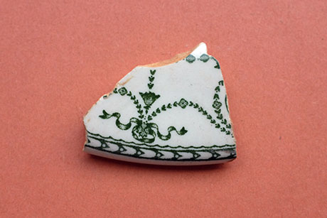 White Ceramic with Green Pattern © Graeme Walker / Pebble Museum 2019