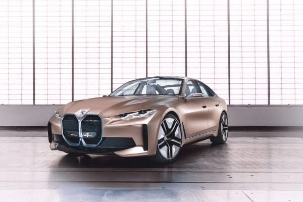 The futuristic design and extended functionality of the BMW Concept i4
