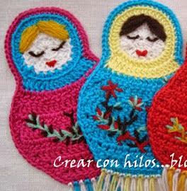 http://biguhandmade2.blogspot.com.es/2010/10/marcapaginas-matrioska.html