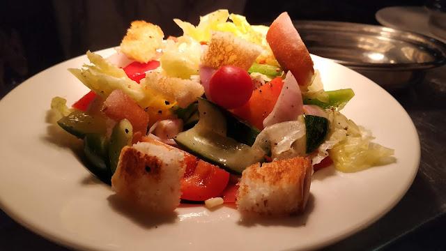 Fattoush salad Mediterranean diet