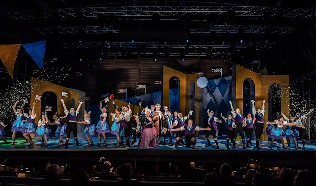 Offenbach: Fantasio - Garsington Opera 2019 (Photo Clive Barda)