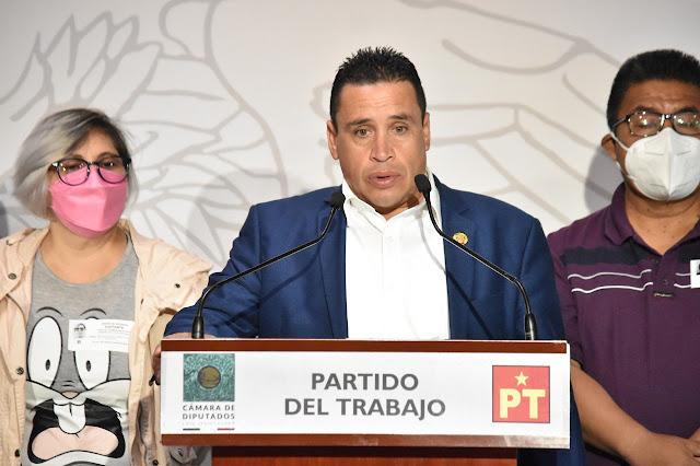 Reitera Emilio Manzanilla respaldo a usuarios del banco Santander víctimas de fraude
