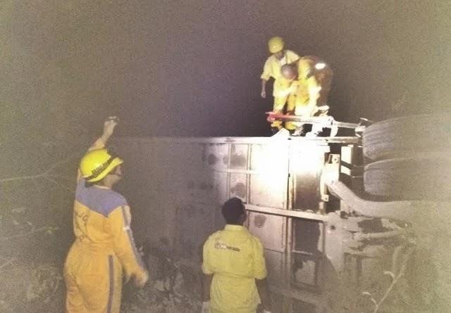 O acidente aconteceu na BR-242, próximo ao município de Seabra, na Chapada Diamantina