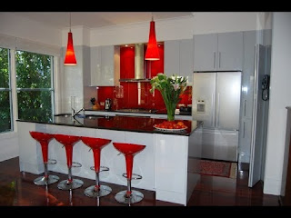 Kitchen Decoration Ideas with a Warm Red Color