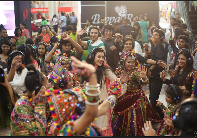 Viviana Mall's Silent Garba a hit with the revellers. Again!