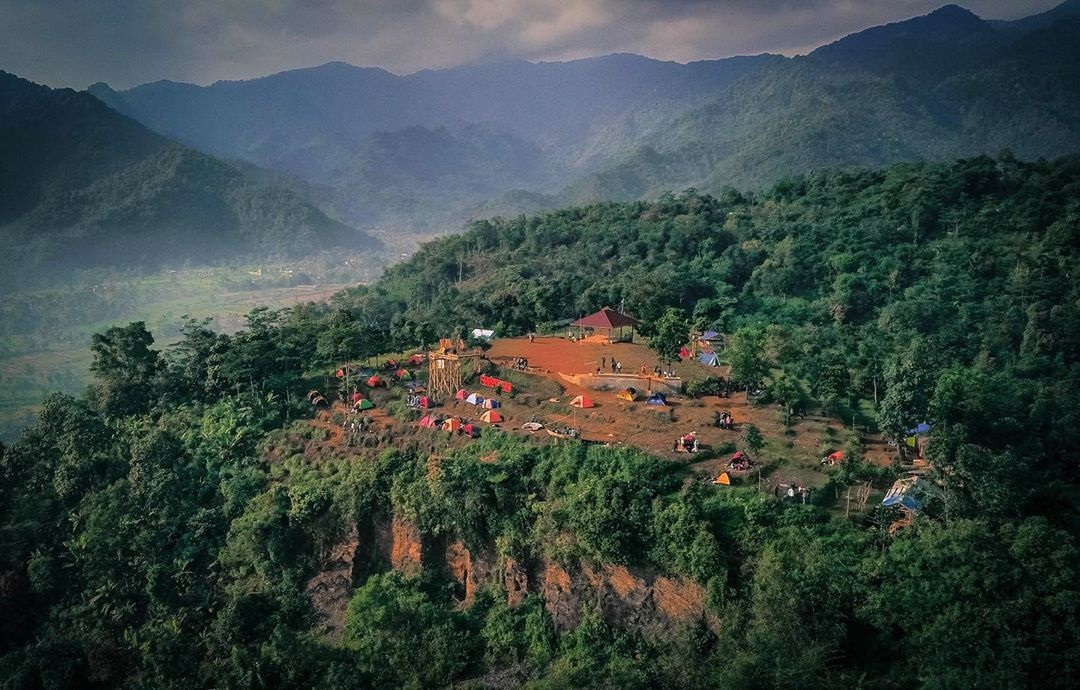 Bukit Pamoyanan