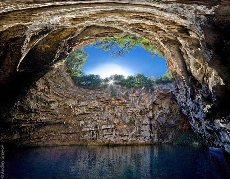 3. Melissani Cave, Kefalonia, Hellas (Greece) - Top 10 Incredible Beauties Hidden in the Caves