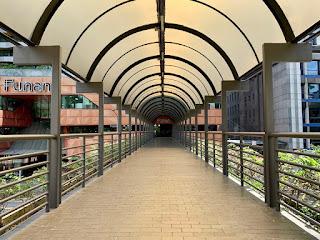 Overhead bridge over Hill Street to Funan