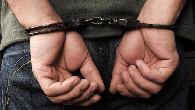 Συλληψη 30χρονου στο Άργος που κυκλοφορούσε γκλοπ