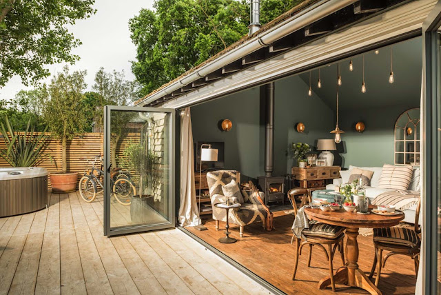 The Sanctuary,  A delightful forested retreat in Hampshire