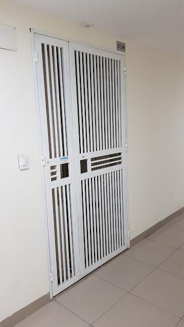 Cửa sắt chung cư giá rẻ tại chung cư Viha Complex