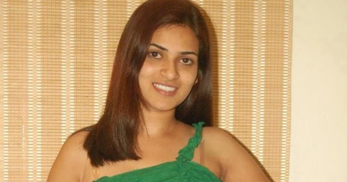 Cleavage Anna Sharma nudes (55 foto) Bikini, 2020, butt