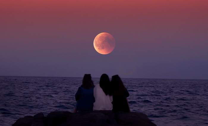 Gerhana Bulan Total Super Blood
