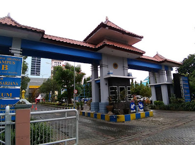 Universitas+Airlangga+Kampus+B