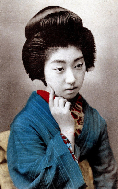 Fakta Geisha : Riasan wajah Geisha mengandung timah