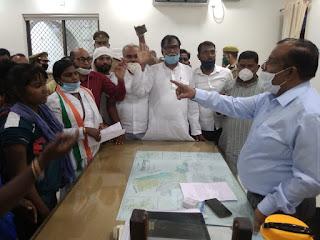 कांग्रेस अनुसूचित विभाग ने पुलिस उत्पीड़न के खिलाफ किया प्रदर्शन | #NayaSaberaNetwork