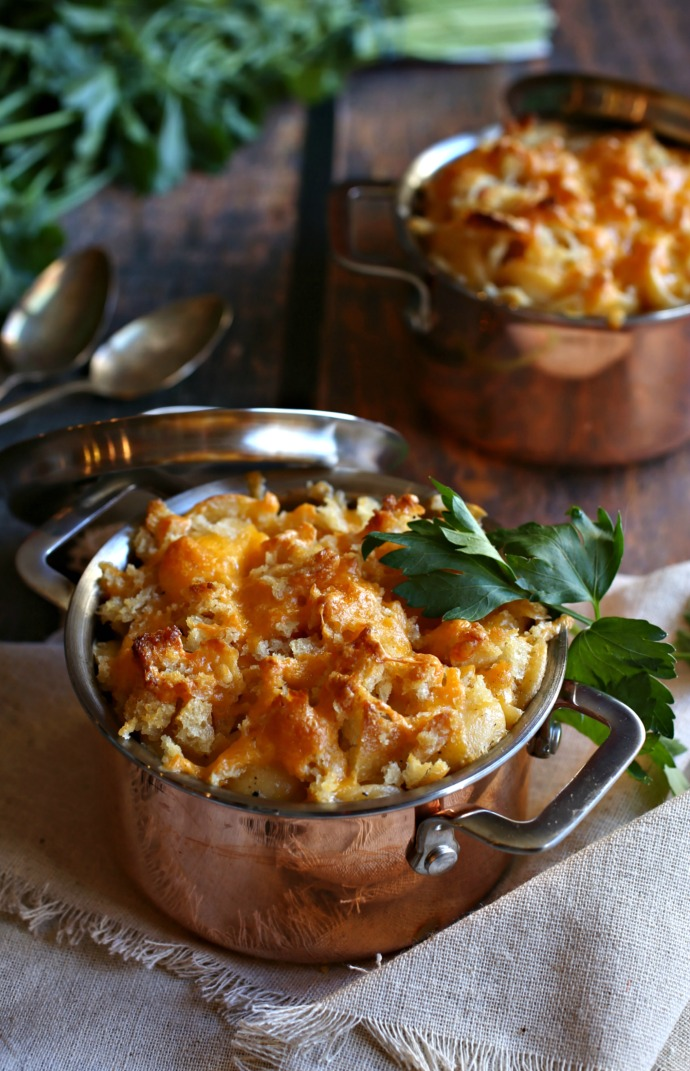 Recipe for restaurant style cheddar mac with a crispy, cheesy crust.