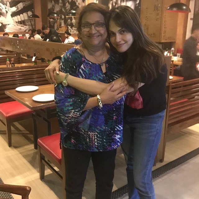 Isha Koppikar (Indian Actress) Wiki, Age, Height, Boyfriend, Family, and More...
