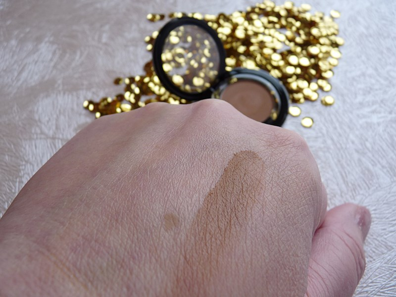 Pat McGRATH LABS EYEDOLS™ Eye Shadow shade Statuesque swatch swatches