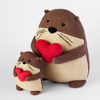 Squeakers the Otter - Free Pattern