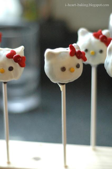 hello kitty cake pops - photo #10