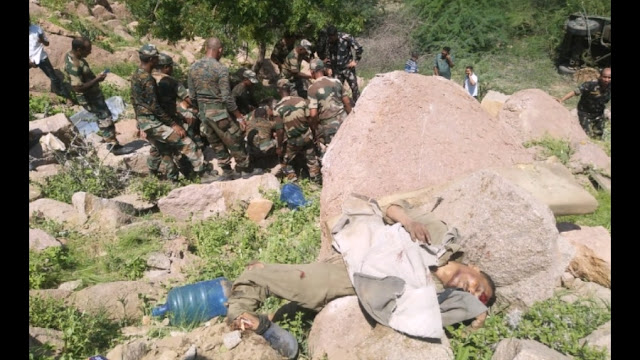 Barmer Hill Top: Airforce truck plunges into 100 feet deep gorge, 3 soldiers martyr