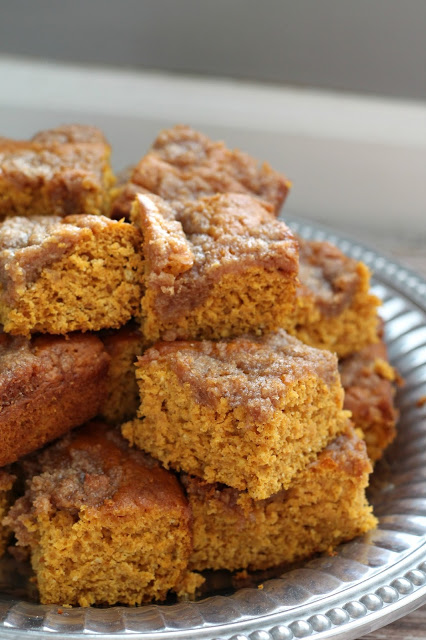 5 Holiday Breakfast Ideas - Pumpkin Coffee Cake