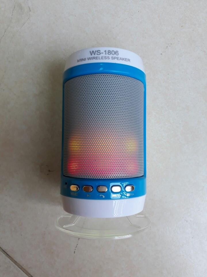 Loa bluetooth WS-1806B có đế, có đèn led
