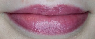 Yves Rocher Grand Rouge Lipstick in Mauve Subtil lip swatch