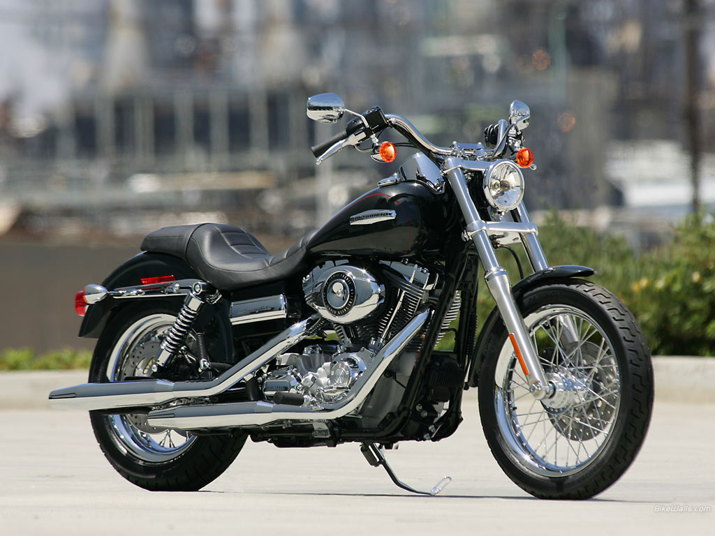 All 'bout Cars: Harley Davidson Super Glide/Dyna
