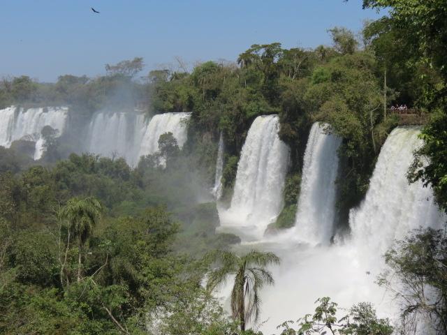 www.viajaportodoelmundo.com    Cataratas del Iguazú