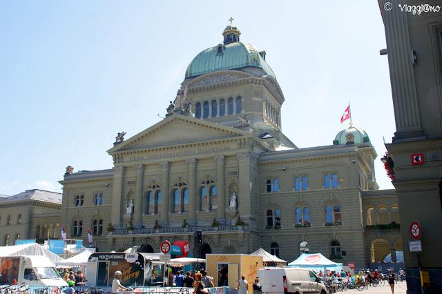 Bundeshaus di Berna