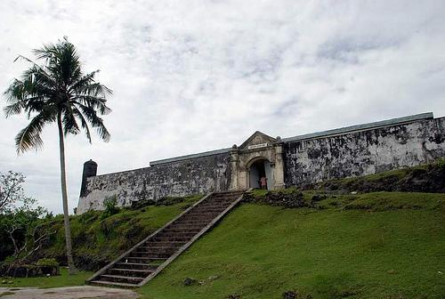Benteng Duurstede merupakan contoh Peninggalan Bersejarah di Indonesia