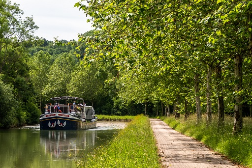 European Waterways Promotes Luxury Hotel Barging with Up to 20% Off on 2021 Cruises in France and Italy
