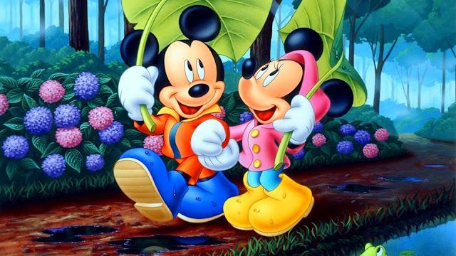 Papel de Parede Mickey e Minnie Apaixonados
