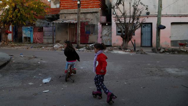 Unicef de Argentina estima que la pobreza alcanzará a casi el 63 % de los niños, niñas y adolescentes del país al término de 2020