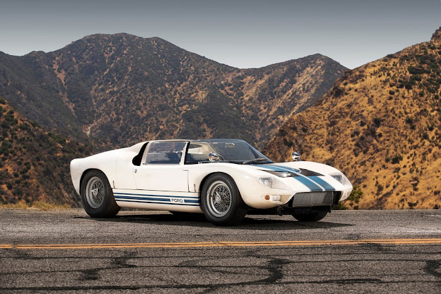 1965 Ford GT 40 Roadster Prototype for sale at Girardo & Co - #Ford #GT40 #Roadster #Prototype #classiccar #forsale