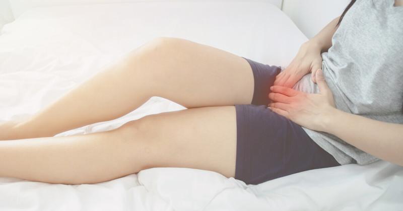 Extremamente comum, a candidíase afeta cerca de 75% das mulheres, ocorrendo devido a desequilíbrios na microbiota vaginal.
