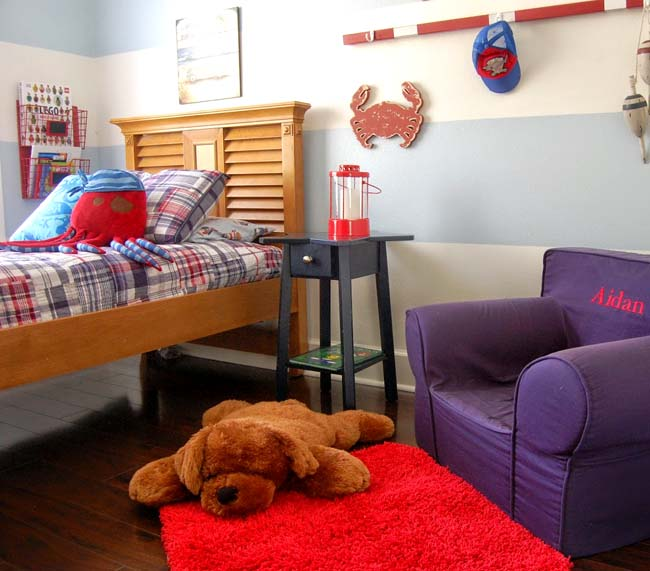 octopus, crab, oars, nautical room with wooden bed